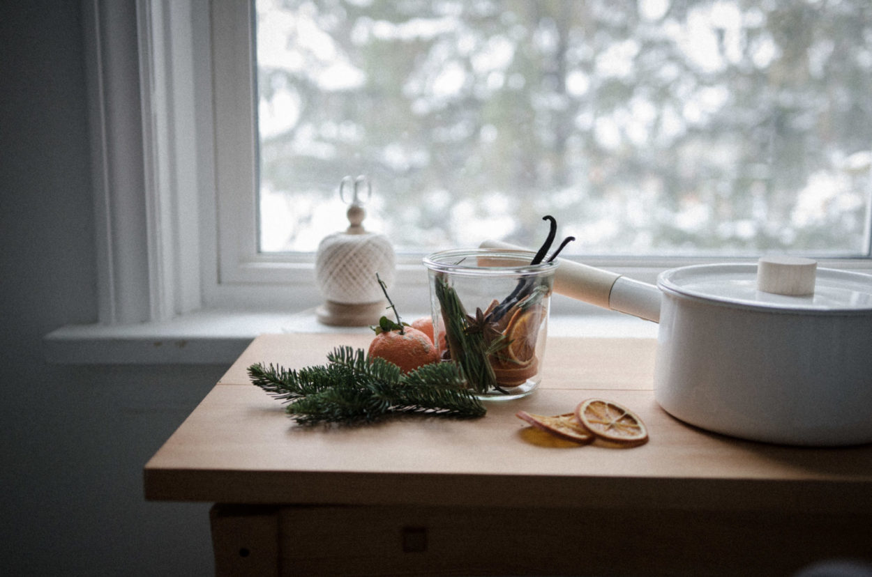 Soothing Scents – A Seasonal Simmer Pot Recipe