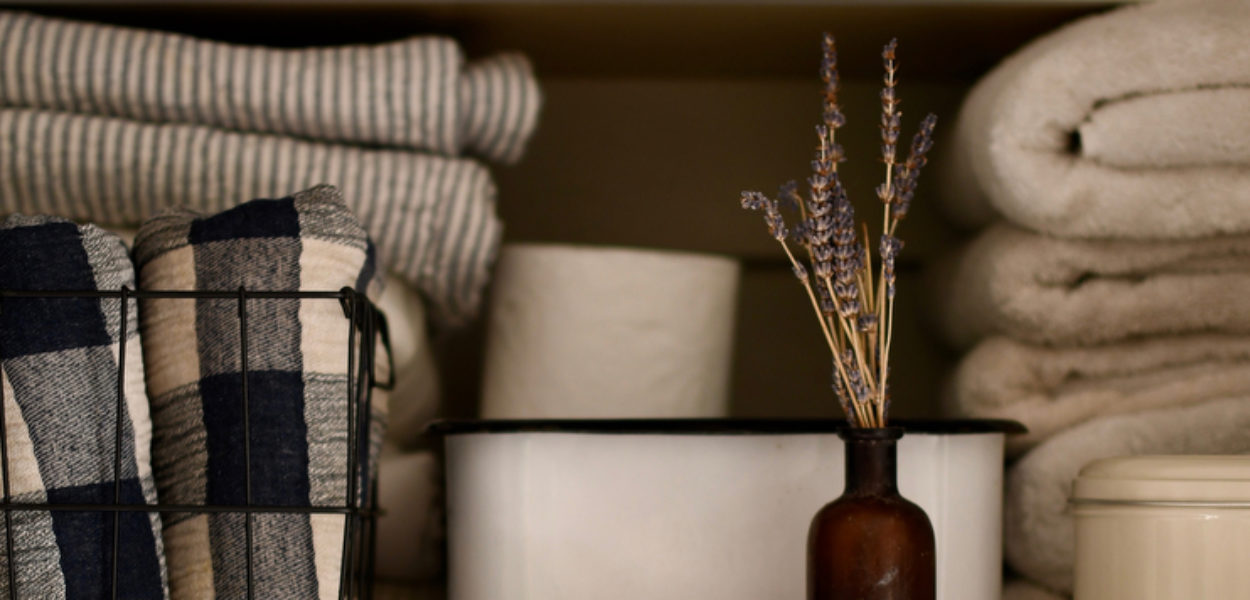 10 Tips to Organize and Beautify Your Linen Closet